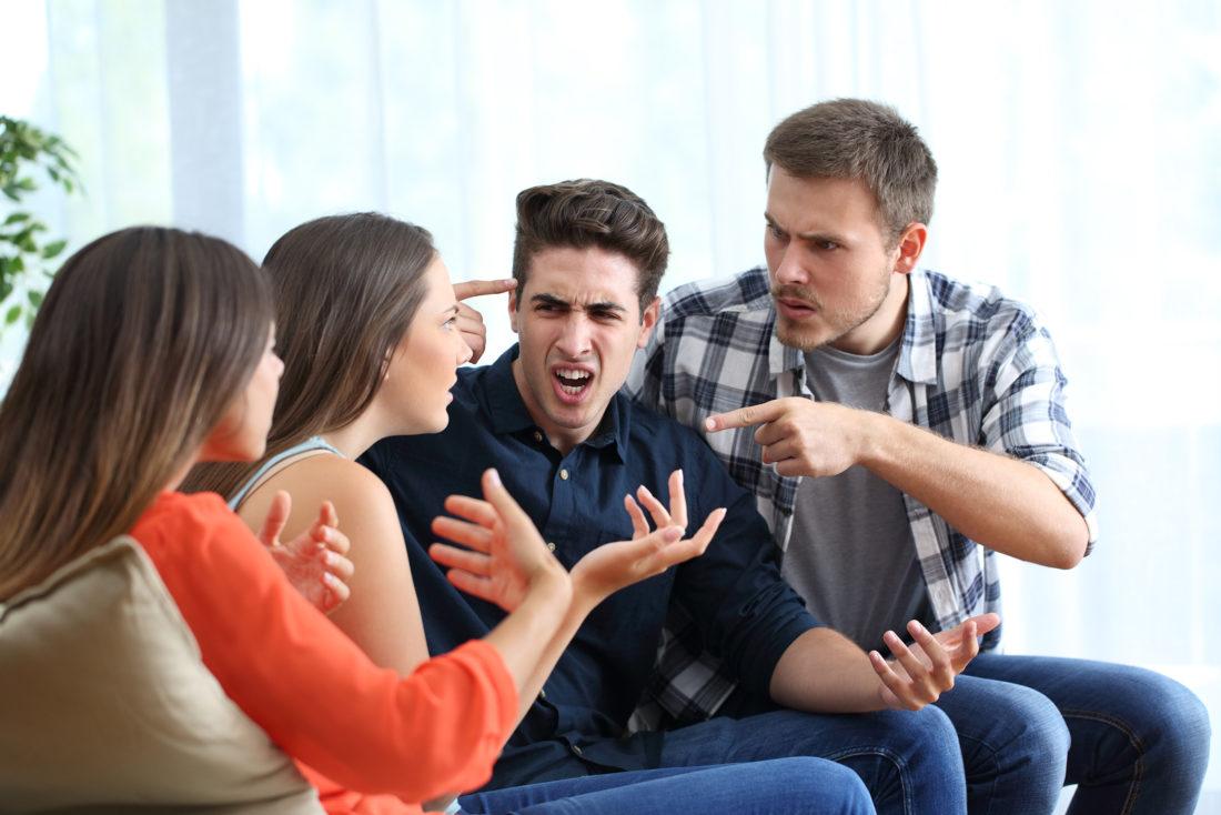 hinterhältige falsche Freunden