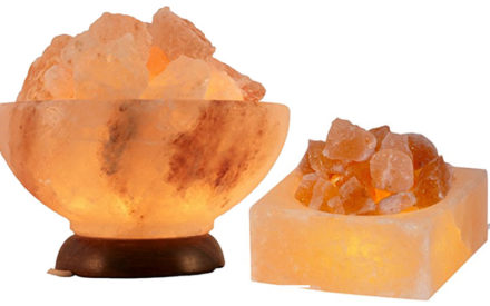beleuchtete Salzkristallschalen